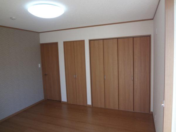 フローリング 収納 部屋 寝室  リフォーム 仙台 費用